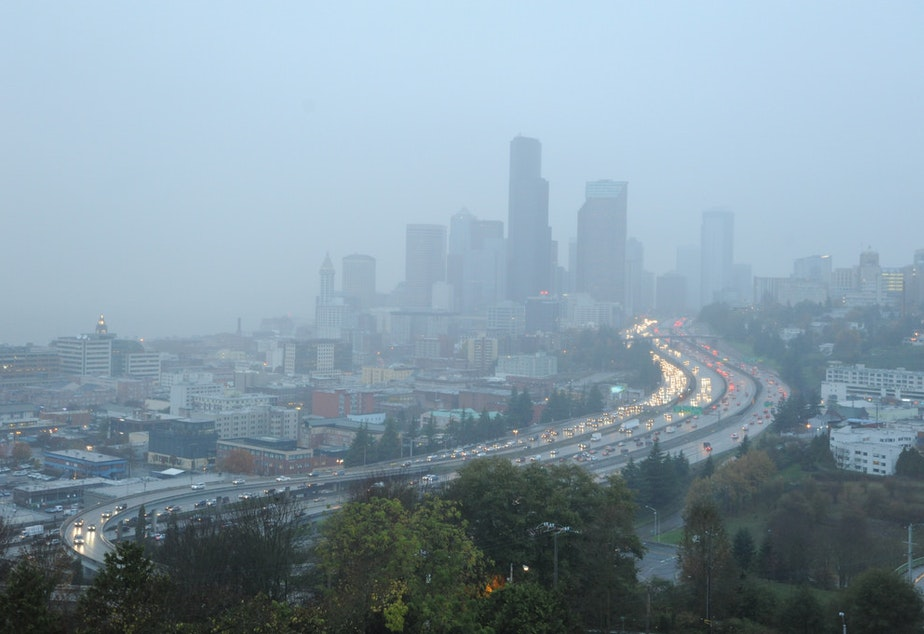 Fog descends upon Seattle