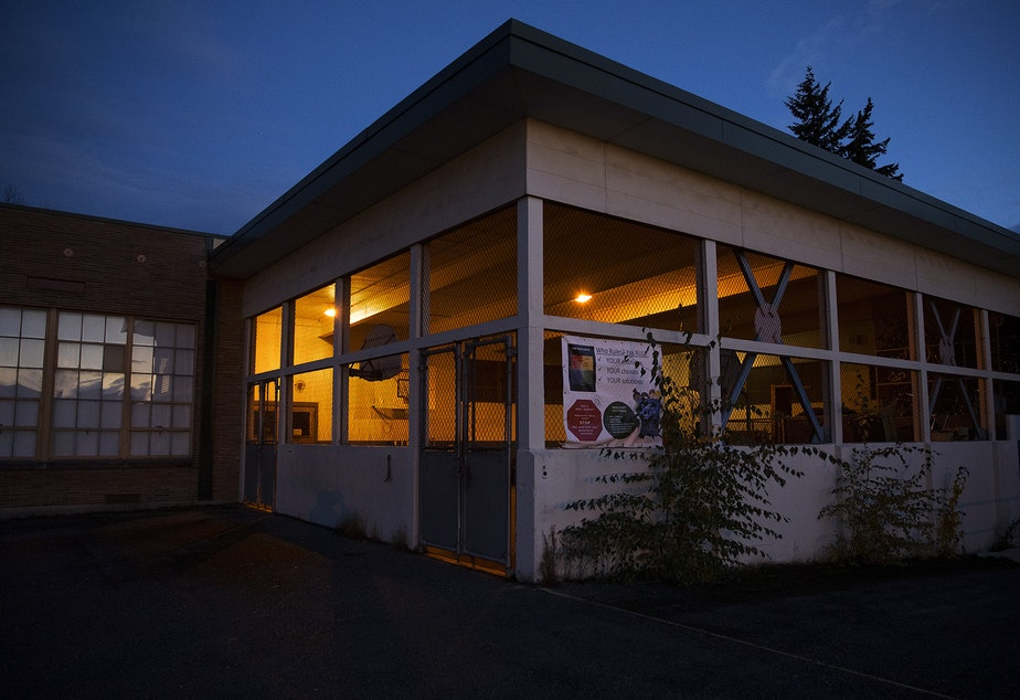 """caption: An outdoor play court at View Ridge Elementary School in northeast Seattle is shown on Thursday, November 19, 2020. A Seattle Schools investigation revealed that a second-grade boy had been placed in this enclosure, dubbed """"the cage"""" by school staff members, on multiple occasions during the school day in 2019."""