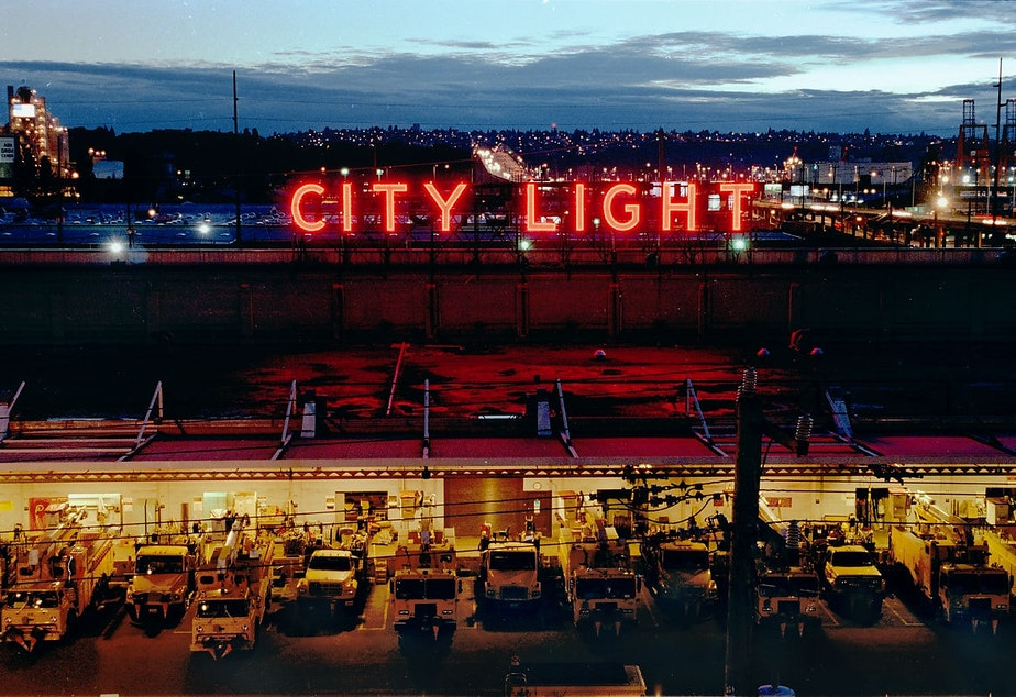 caption: Seattle City Light south service center, 1998. Spokane Street Viaduct at right leads to West Seattle Bridge at upper center.