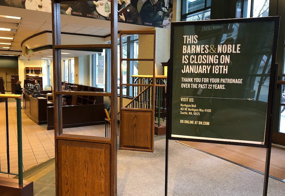 """caption: Barnes & Noble in downtown Seattle closes, two decades after executives there threatened to open a book-selling website to """"crush"""" Amazon. com"""