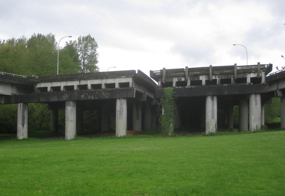 "State Route 520's ""Ramps to Nowhere"" in Seattle's Washington Arboretum/"