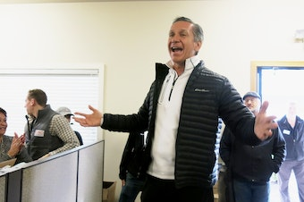 Dino Rossi speaks to supporters Saturday in Issaquah before they launch a get-out-the-vote effort in the waning days of the campaign.