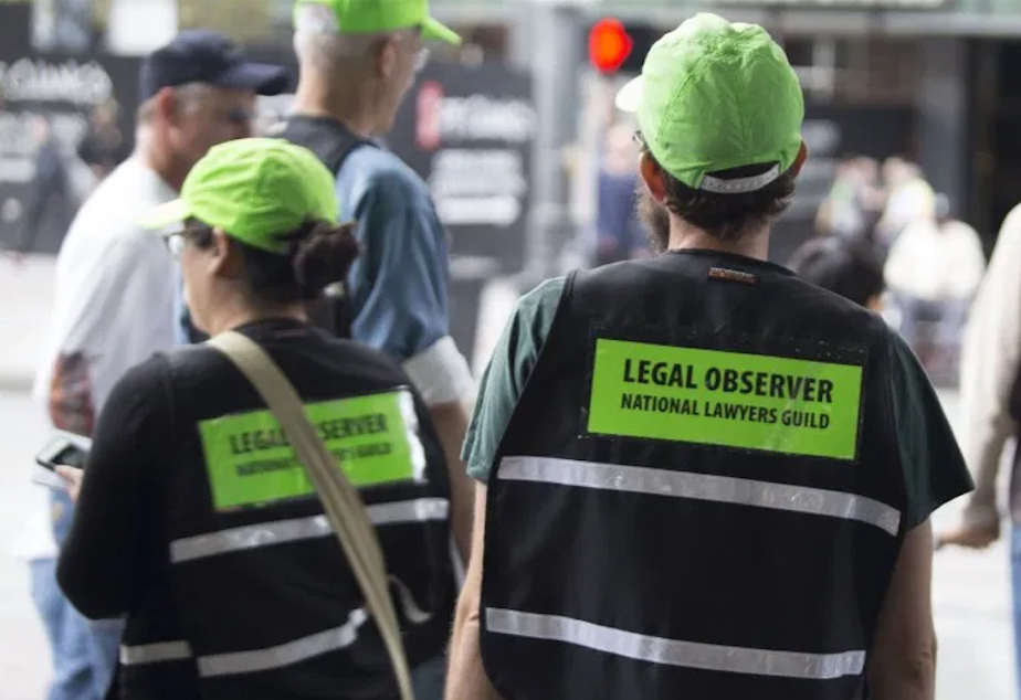 caption: NLG observers in Seattle