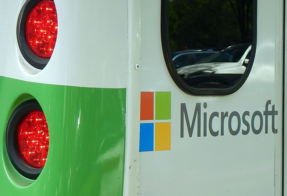 Microsoft is trying to put the brakes on its greenhouse gas emissions.