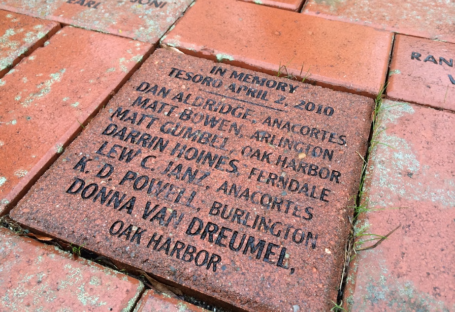 caption: Tesoro workers killed in a 2010 refinery explosion are commemorated outside city hall in Everett, Washington.