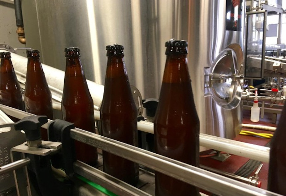 <p>Oregon's new refillable bottle can be used and reused by any brewery in the state.</p>