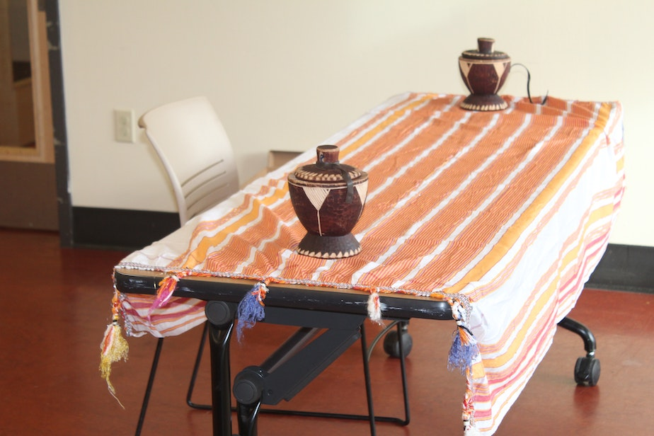 caption: This table offers a glimpse into Somali culture and reminds parents of the importance of cultural identity as they enter a  Supporting Partnerships in Education and Beyond (SPEB) workshop.