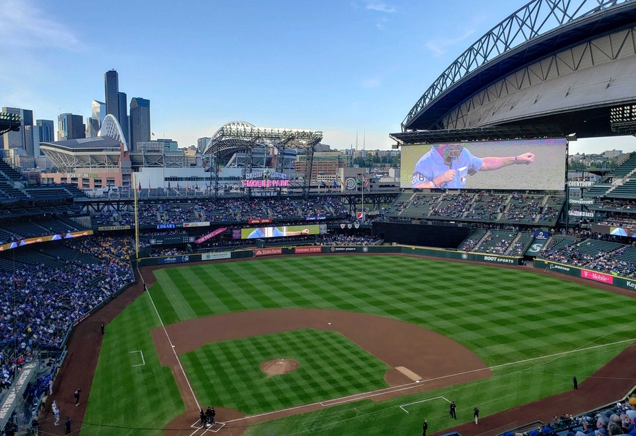 caption: A Seattle Mariners play at T-Mobile Park.