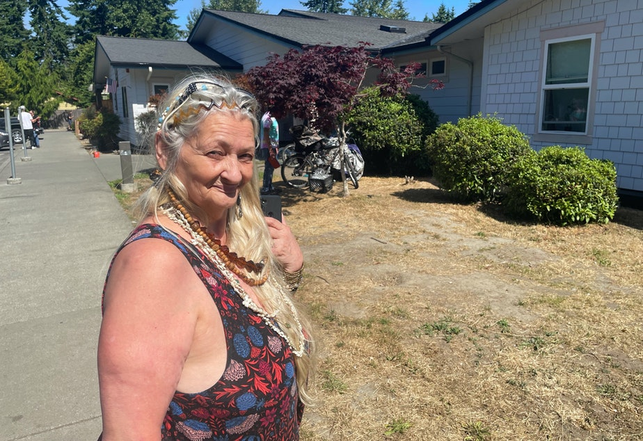caption: Alice Robbins and her husband moved to Serenity House 2 months ago, after their landlord sold their rental home.