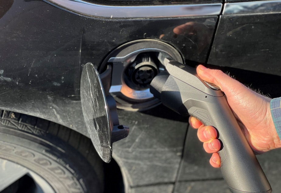 caption: Fill 'er up... with electrons