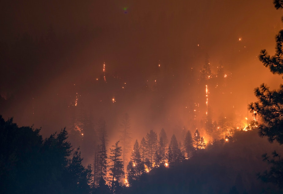 caption: Forest fire in Klamath National Forest