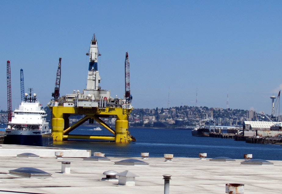 Shell's Polar Pioneer rig juts out into the West Waterway of Seattle's Duwamish River.