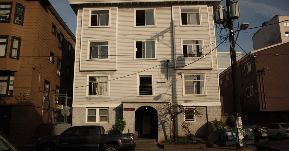 Kuow Why This Rickety Building Lost The Fight Against Rising Rents