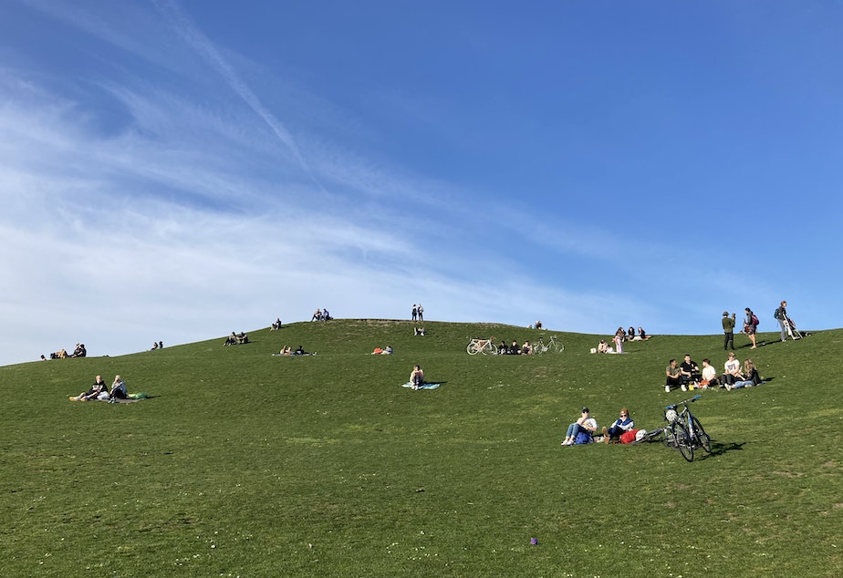 caption: Gas Works Park was packed with visitors on March 3, 2021, an especially sunny day.