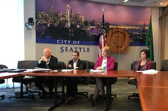 Seattle Mayor Jenny Durkan briefs reporters on the report from KPMP, August 31, 2018. With her are Deputy Mayor Shefali Ranganathan, Budget Director Ben Noble and departing SDOT Goran Sparrman.