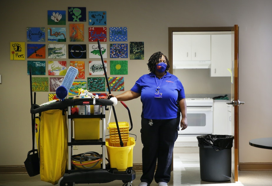 caption: Lavonda Little has been a custodial worker at the University of Florida for more than 16 years.