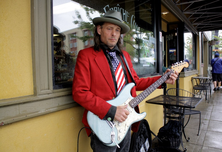 Kenny Wayne Gunner plays guitar in downtown Bremerton at lunch time