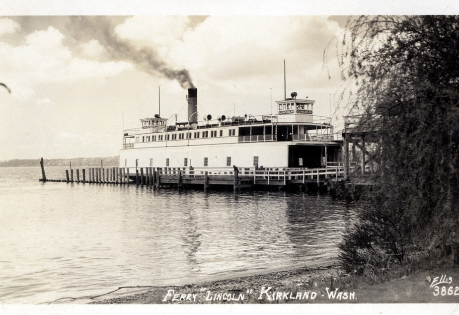 The Lincoln was one of the ferries employed by Vashon Island residents when they established their own independent ferry service.
