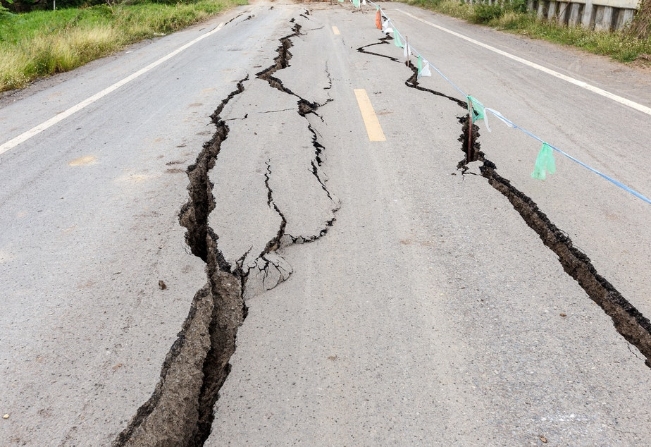 caption: Oregon and Washington state are on the cusp of launching an earthquake alerting system for the public.