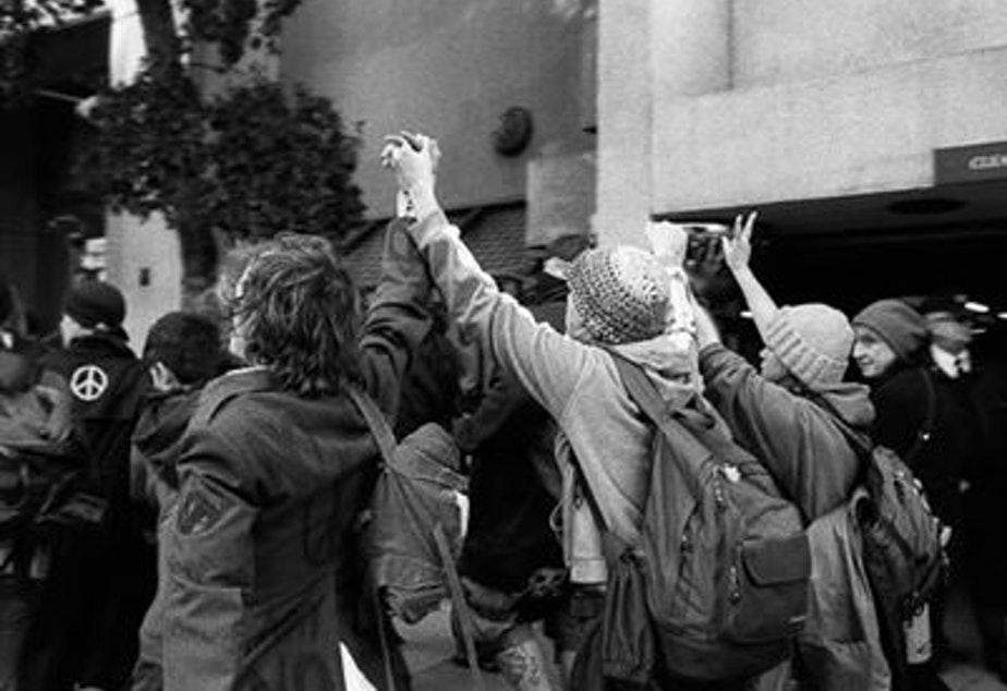 caption: WTO protests, 1999