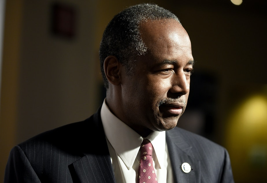 caption: HUD Secretary Ben Carson is portraying the proposed change as a way to help low-income Americans who are in need of housing assistance.