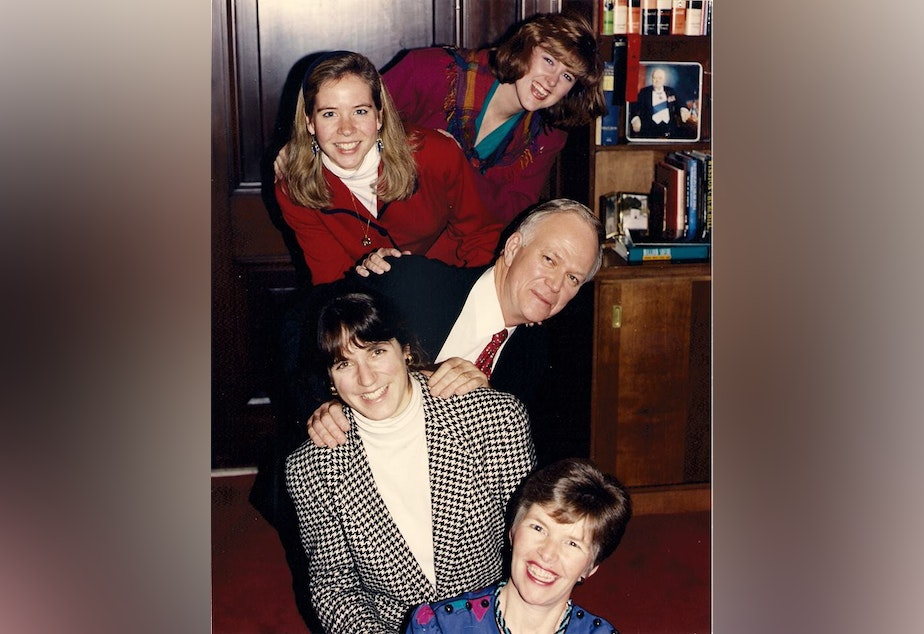 caption: Lauri Hennessey (top), Mimi Mahoney, Senator Bob Packwood, Julia Brim-Edwards, and Bobbi Munson. Shortly after this photo was taken, Hennessey joined Packwood's personal staff.