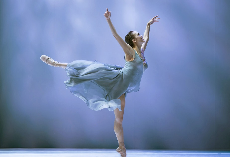 "caption: Noelani Pantastico in Jean Christophe Maillot's ""Romeo et Juliette,"" 2016"