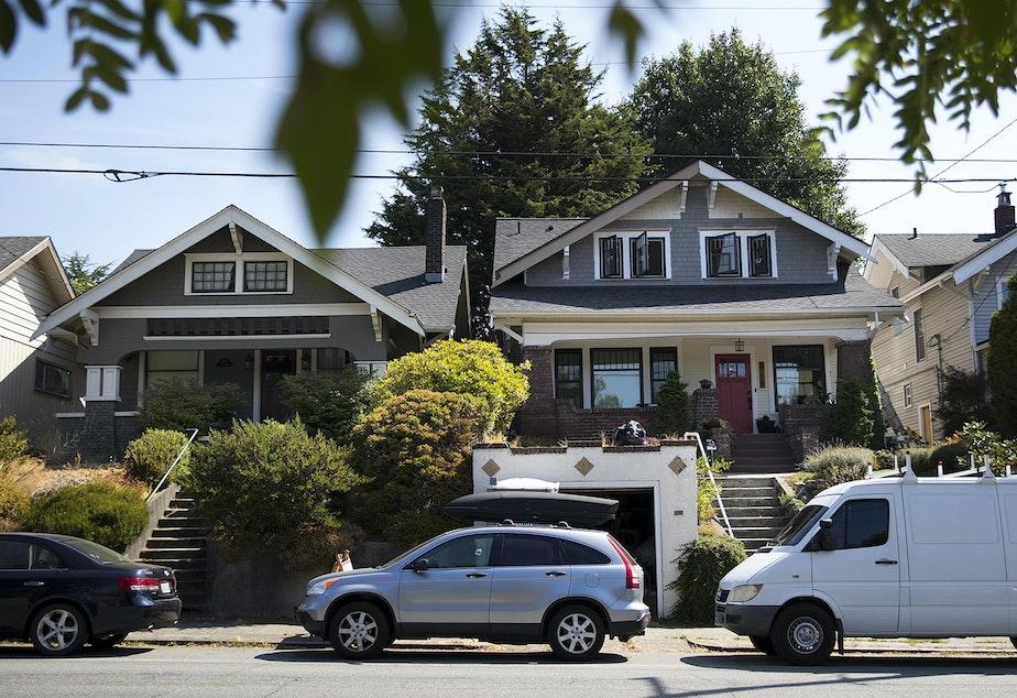 caption: Houses in Seattle's Wallingford neighborhood, September 2017.