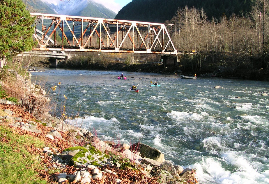Kayakers on the Skykomish River