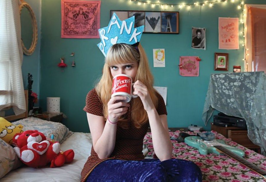 caption: Seattle bedroom pop musician Robin Edwards, who performs under the name Lisa Prank, called out Tesla creator Elon Musk on Twitter Tuesday for using her dad's art without permission.