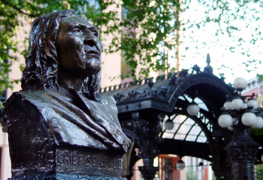 caption: Bust of Chief Si'ahl in Seattle's Pioneer Square.
