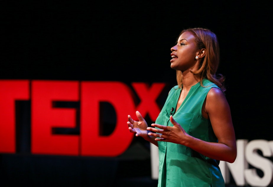 Eshauna Smith on the TED stage.