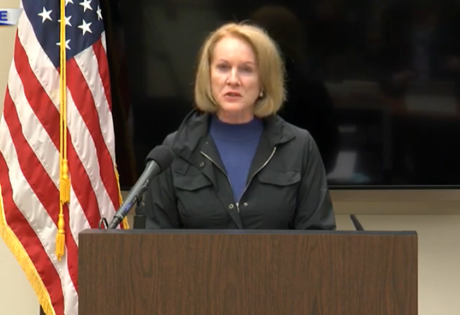 caption: Seattle Mayor Jenny Durkan briefs the press after demonstrations turned violent May 30, 2020, causing various fires in the downtown area.