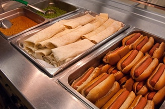 FILE: Schools lunches at Washington-Lee High School in Arlington, Virginia on Wednesday, October 19, 2011.