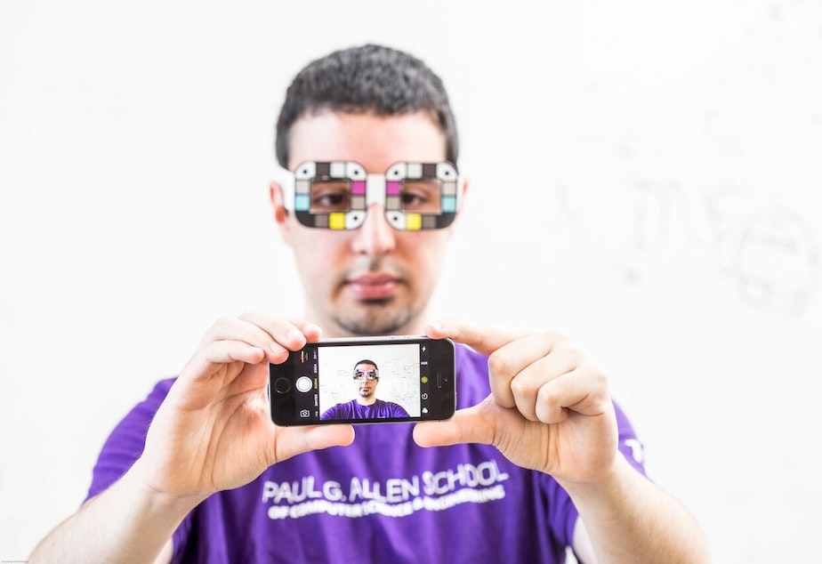 caption: BiliScreen is a new smartphone app that can screen for pancreatic cancer by having users snap a selfie.