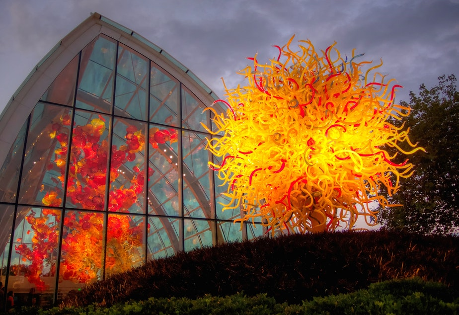 caption: Chihuly Glass and Garden, Seattle, Washington