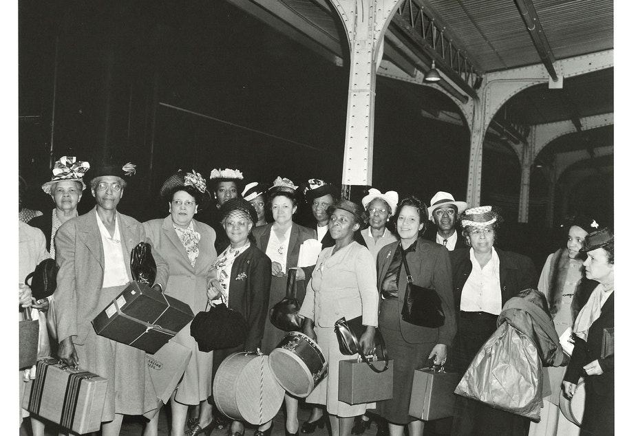 Women bound for the National Association of Colored Women convention in 1948.