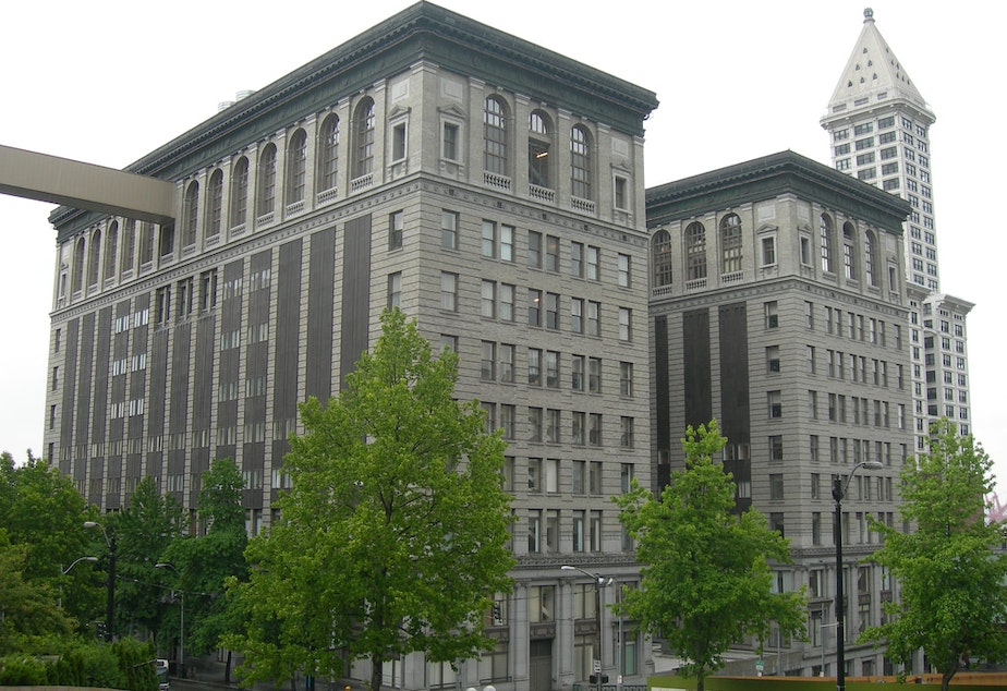 caption: King County Courthouse in downtown Seattle