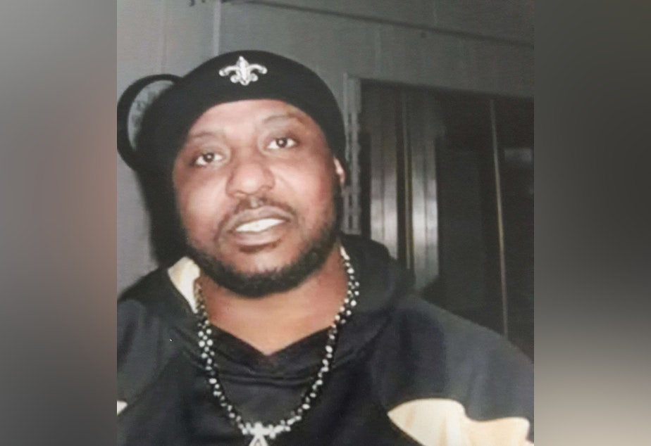 caption: In 2015, Lorenzo Hayes died following a struggle in the booking area of the Spokane County Jail. In Washington and Oregon, there is no state oversight of jails or guarantee of an independent jail death investigation.