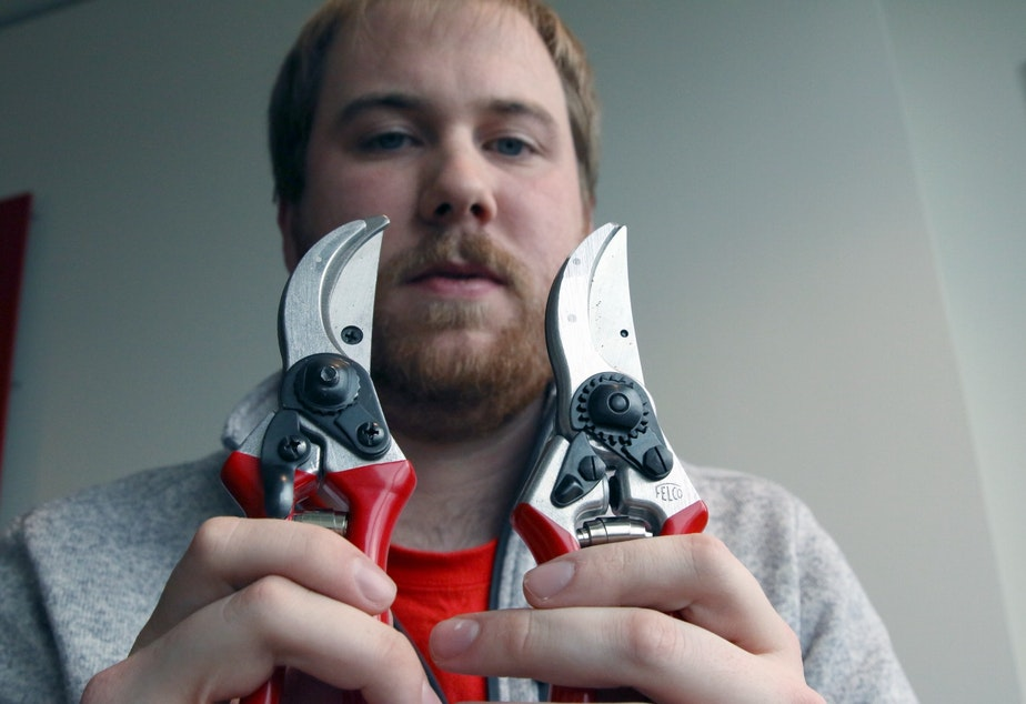 Ryan Amberg works for Pygar, the US distributor of Felco tools. He says recent one-star reviews stemming from counterfeit shears sold on Amazon (like the one on the left - which does have a Felco logo just under the red handle cover, by the way) have hurt the Swiss tool manufacturer's reputation.