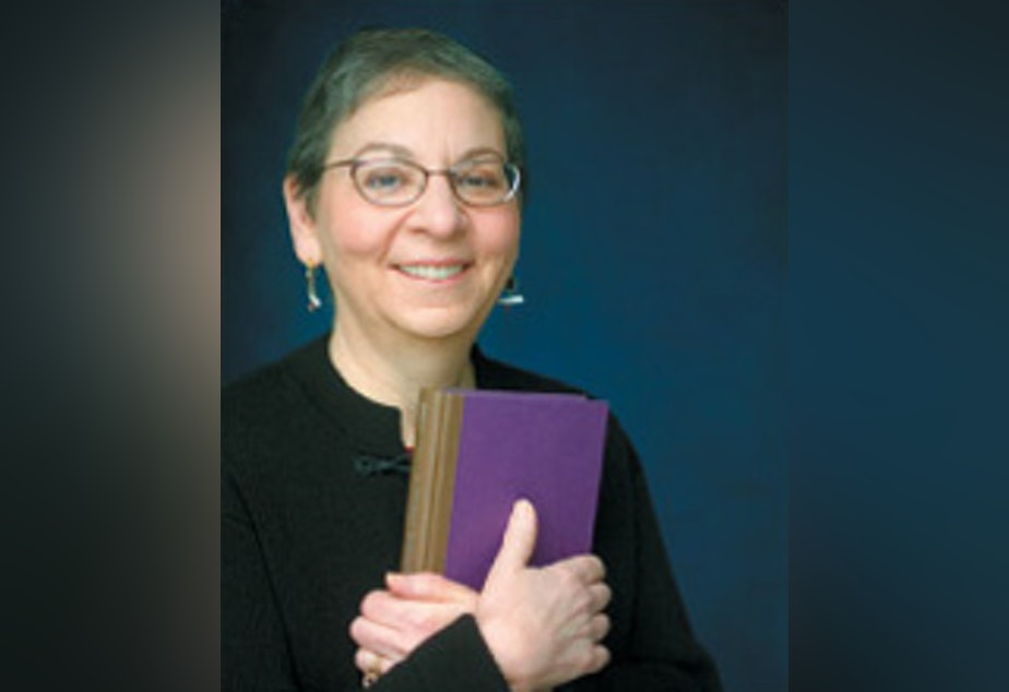 caption: Librarian Nancy Pearl