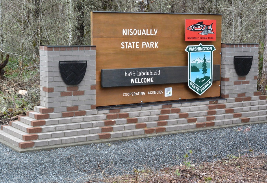 051619tb Nisqually State Park Sign
