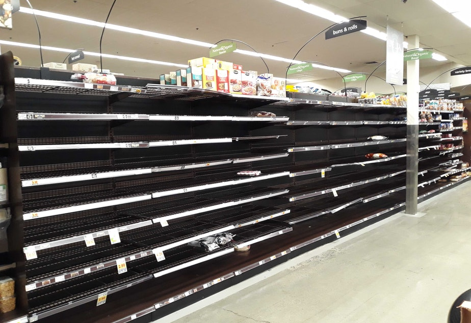 The bread aisle at the QFC in Redmond.