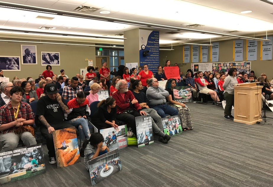 caption: Teachers and community members spoke against - but mostly in favor of - Amplify Science, the district's frontrunner K-8 science curriculum.
