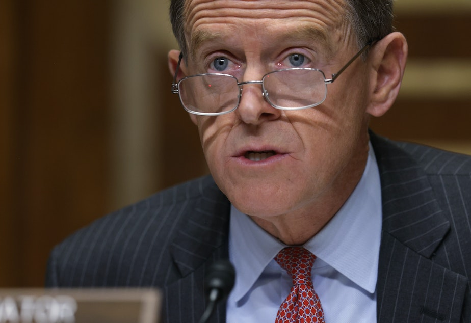 caption: Retiring Sen. Pat Toomey, R-Pa., on Sunday joined his Senate colleague Lisa Murkowski, an Alaska Republican, in calling for President Trump to resign.