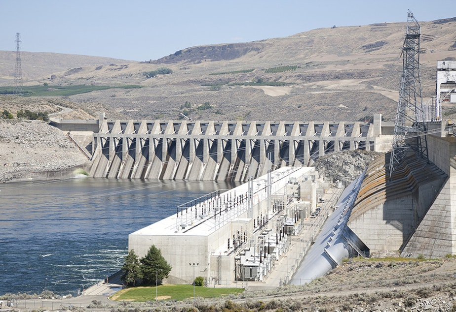 caption: Chief Joseph Dam is on the Columbia River in eastern Washington at Bridgeport.
