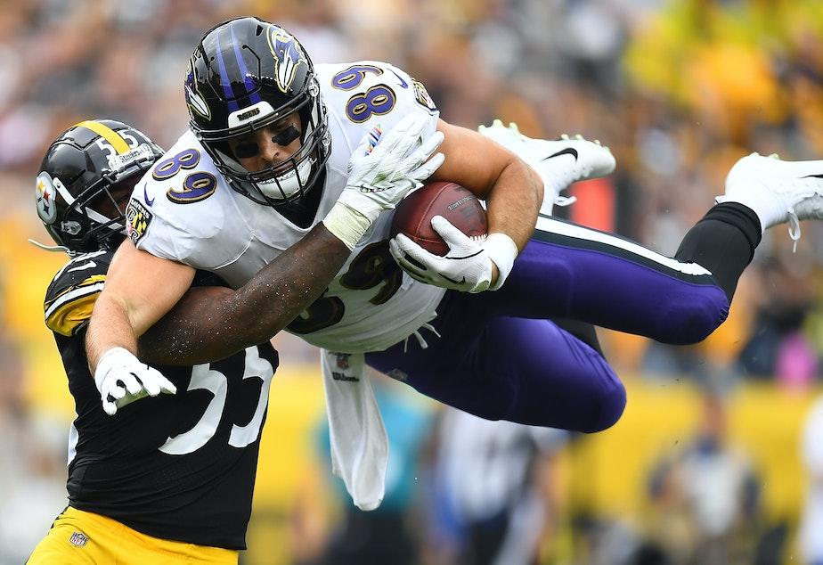 Kuow Nfl Postpones Steelers Ravens Thanksgiving Game Due To Coronavirus Outbreak