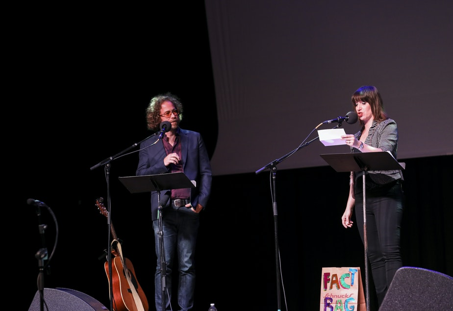 Jonathan Coulton and Ophira Eisenberg play a round of Fact Bag on Ask Me Another at the Pageant in St. Louis, Missou